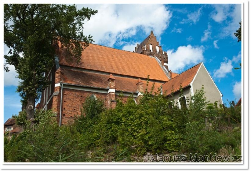 http://www.janusz-monkiewicz.pl/w_m%20dodatek/duze/morag_kosciol_2010.jpg